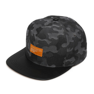 SOLID PACK / BLACK JACQUARD CAMO