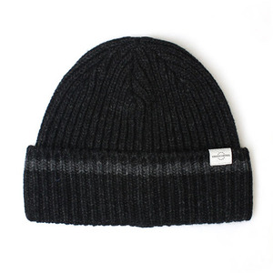 BEANIE / BOLD FIT / WOOL / ONE STRIPE / CHARCOAL